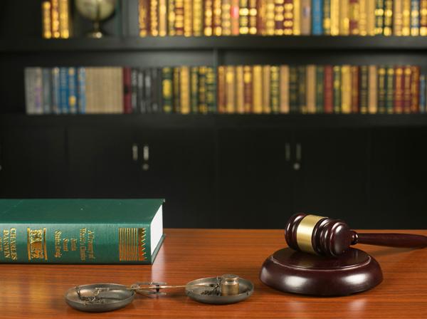 哈尔滨房产律师