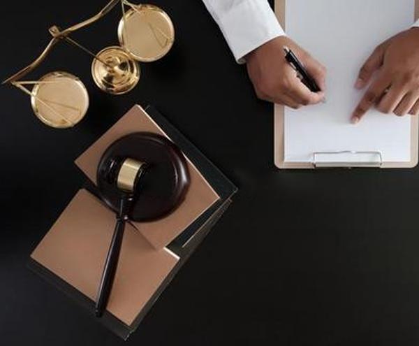 房产律师维权