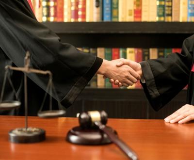 房地产律师专家